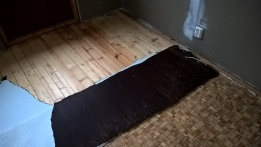 peeling linoleum - two layers!